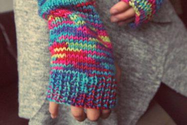 指先の防寒対策に手袋を重ねづけして快適に過ごそう